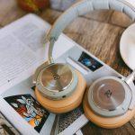 本を聴けるサービス【audiobook.jp】と【Audible】を実際に使って比較してみた